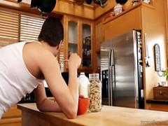 Schwarze Teenie gefickt Küche