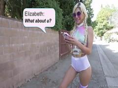Verspielt und verführerische Blondine will hardcore brutal sex