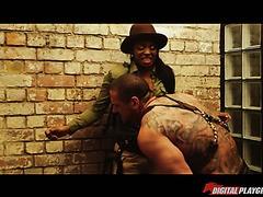 Interracial Lesbensex mit Ebenholz Jasmine Webb und Elfenbein Kenna James