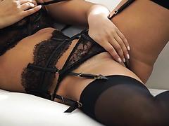 Sexy Eva Lovia schließlich fickt Ihr crush auf dem bikini-party