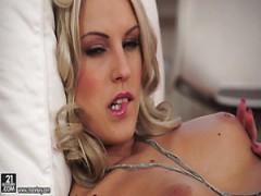 Blanche Bradburry Pornos & Sexfilme Kostenlos - FRAUPORNO