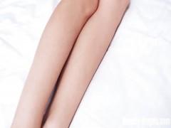 Masturbation von fünf charmante und versaute Sommer-Mädchen